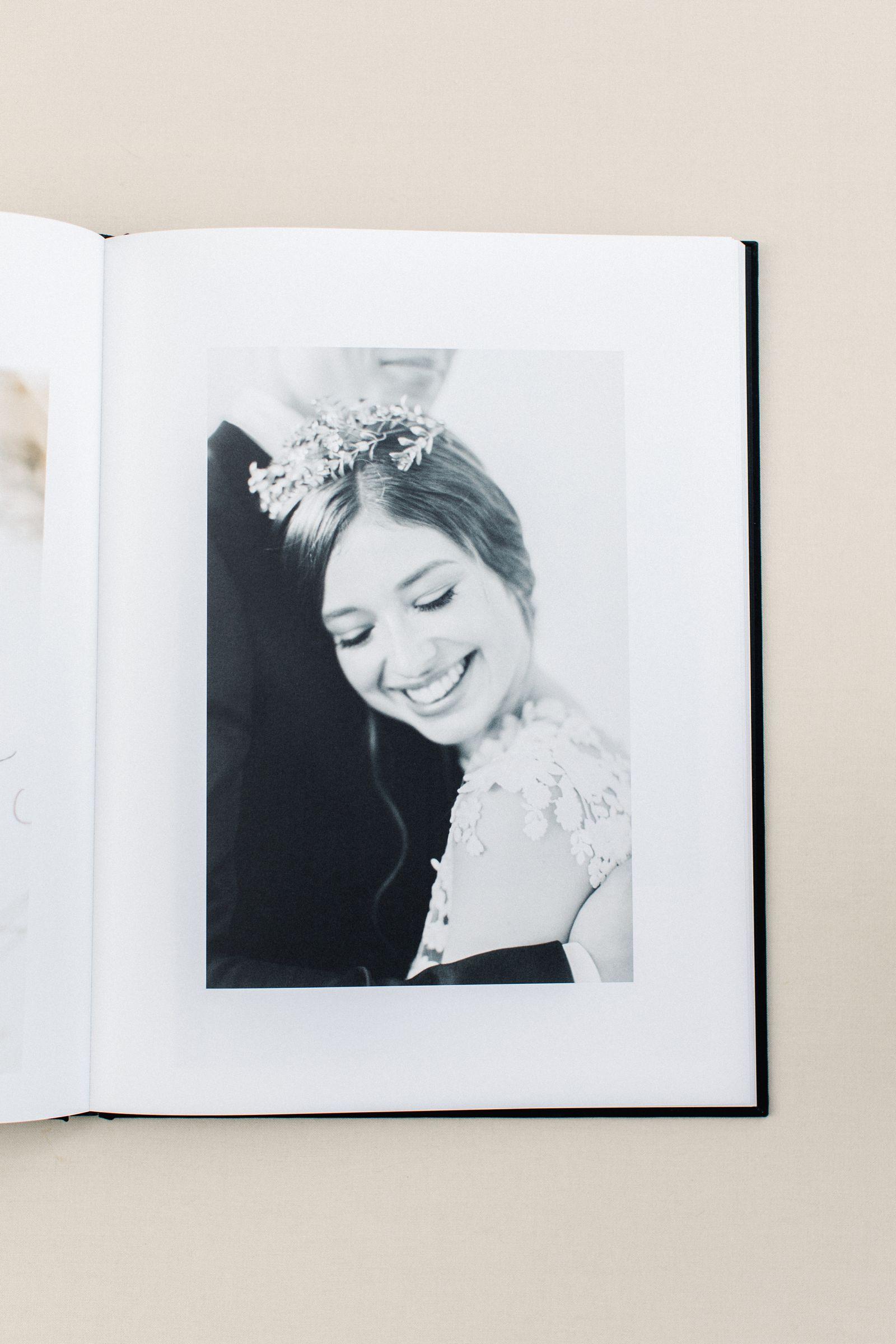Ewigmein-Fine-Art-Hochzeitsfotografie-Hochzeitsalbum-edel-goldene-prägung-hochwertig-leinenstoff_5454