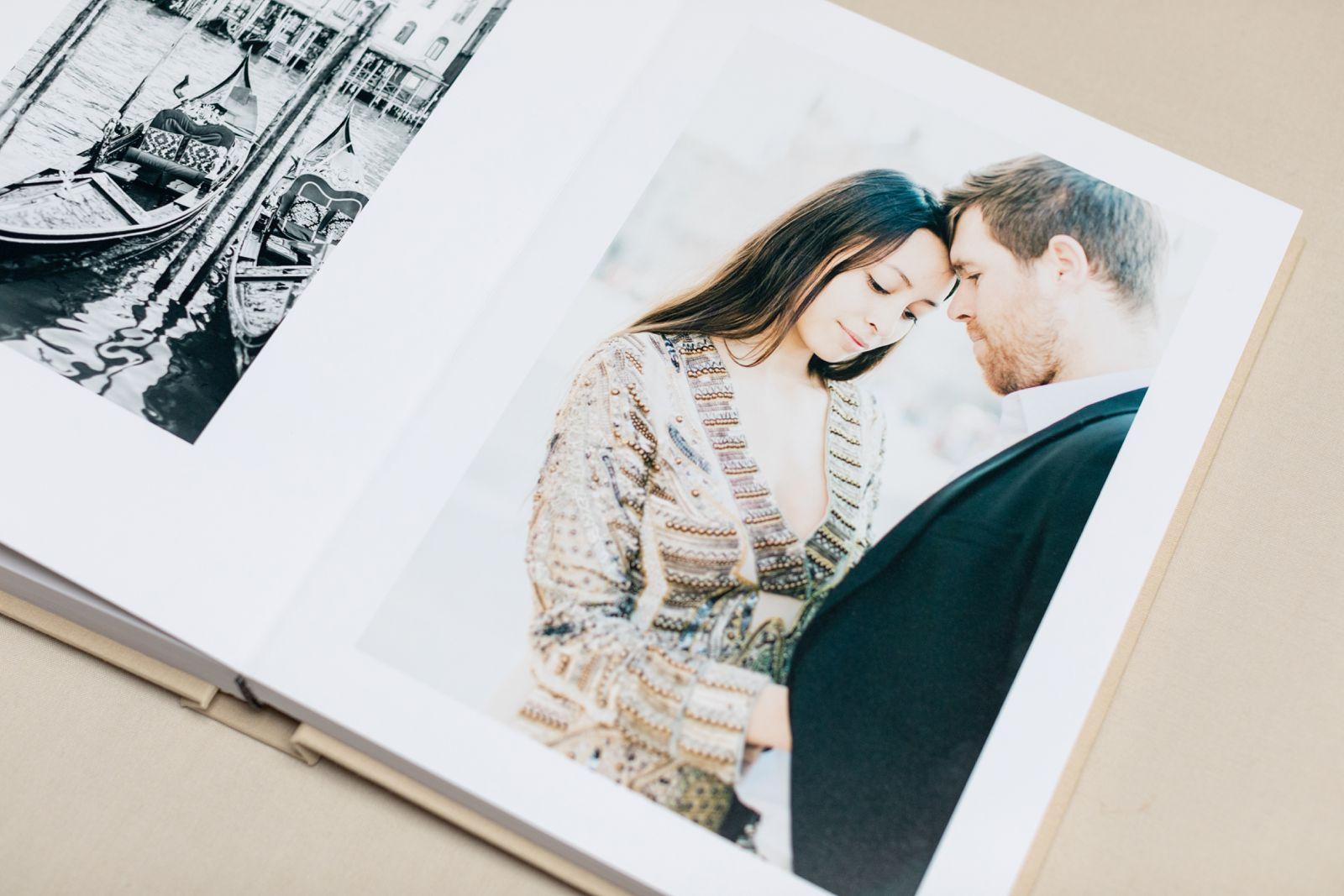 Ewigmein-Fine-Art-Hochzeitsfotografie-Hochzeitsalbum-edel-goldene-prägung-hochwertig-leinenstoff_5465