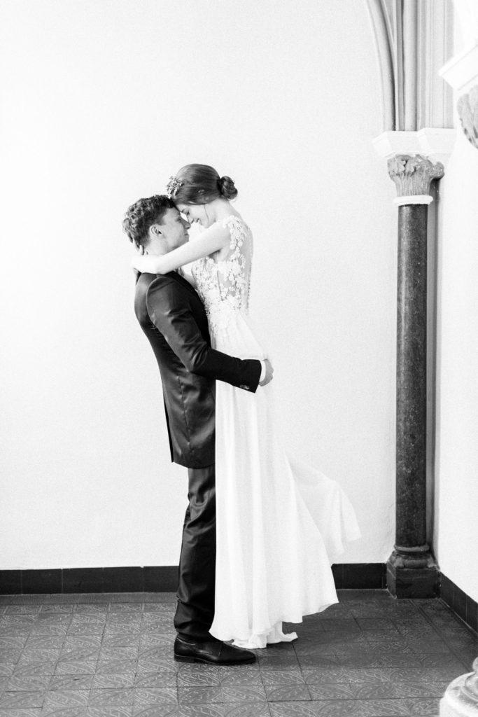 Ewigmein Fine Art Hochzeitsfotografie Hochzeit Daalarna Couture Brautkleid Brautpaarshooting portrait schlosshochzeit edel stilvoll